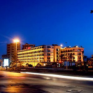 Movenpick Hotel Beirut at night