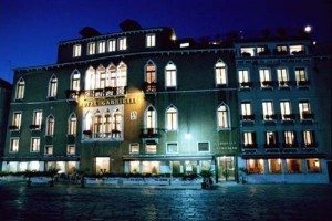 Wonderful night italy-venice-hotel