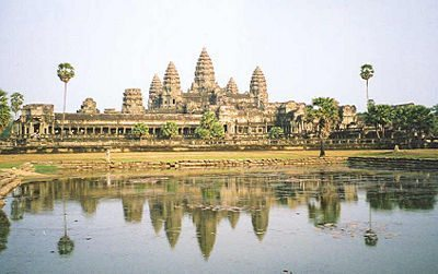 Angkor_lake