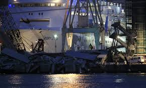 Ship Crash