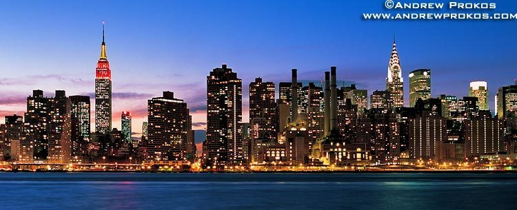 manhattan-panorama in nite
