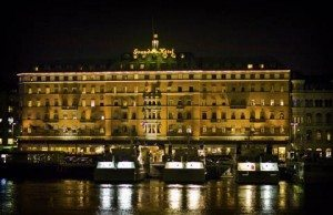 Grand_hotel_Stockholm  At night
